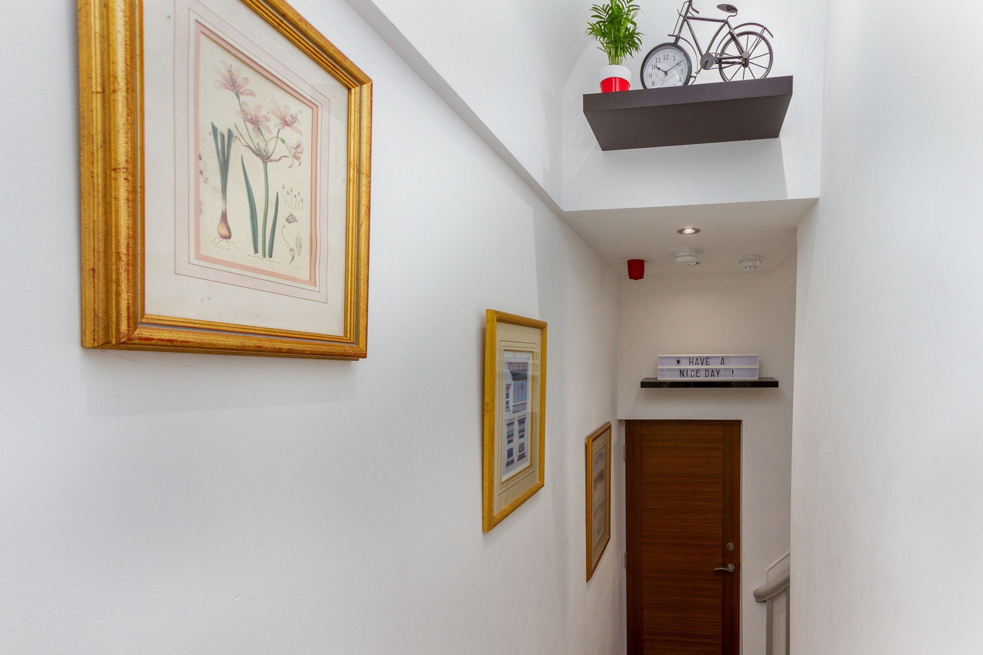 Internal hallway and apartment exit