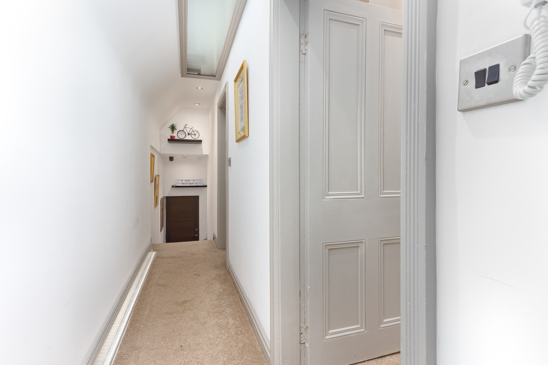 Internal hallway leading to all rooms