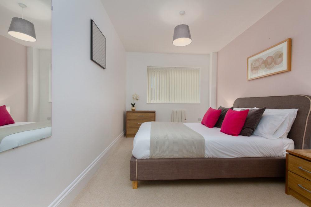 APT 6 Duckworth Double bedroom