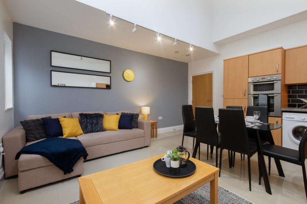 APT 6 Duckworth Lounge sofa bed