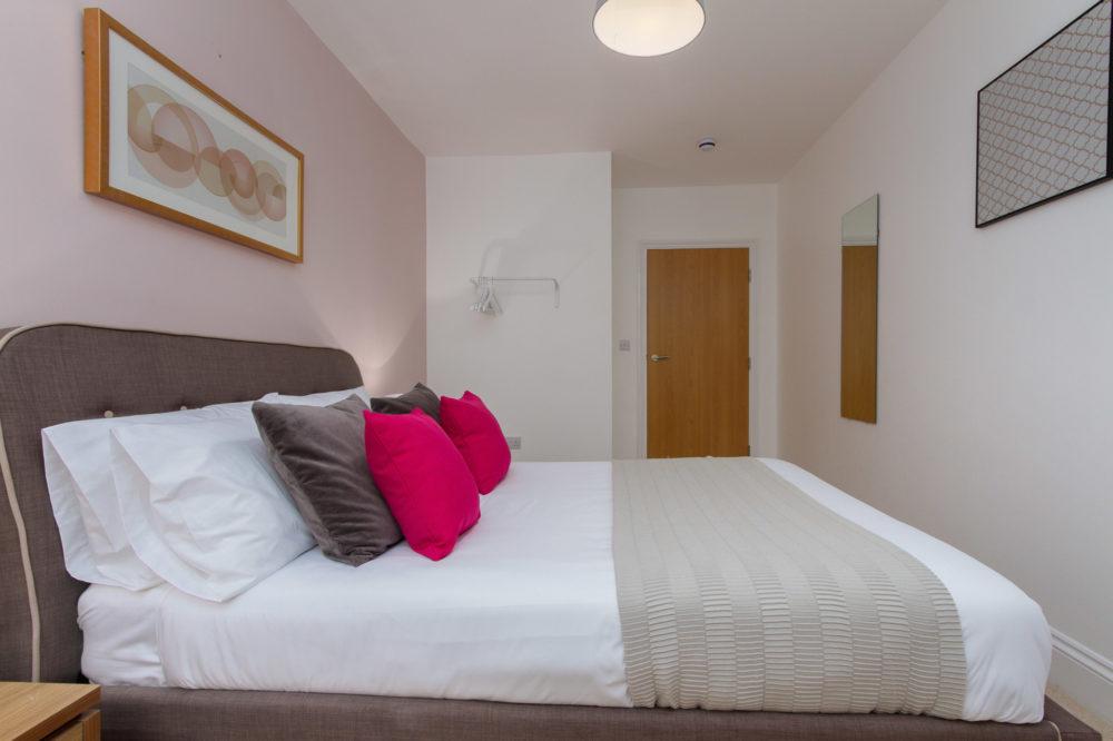 APT 6 Duckworth double bedroom view 3