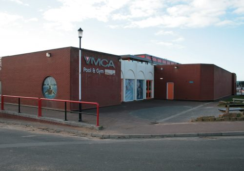 St_Annes_Swimming_Pool_-_YMCA_-_panoramio